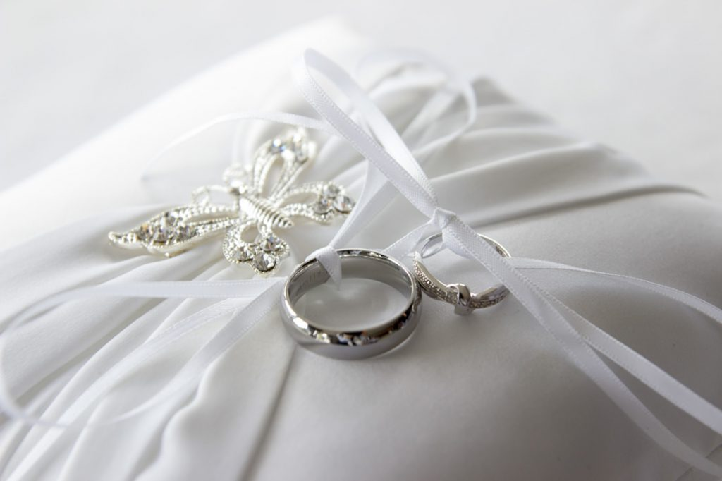 wedding-photographer-aberdeen-wedding-rings-on-pillow-57